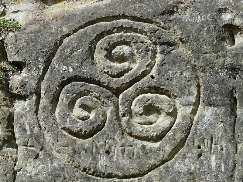 symbol siły: triskelion