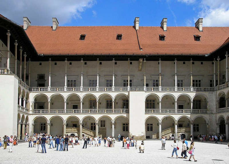 Arkadowy dziedziniec na Wawelu
