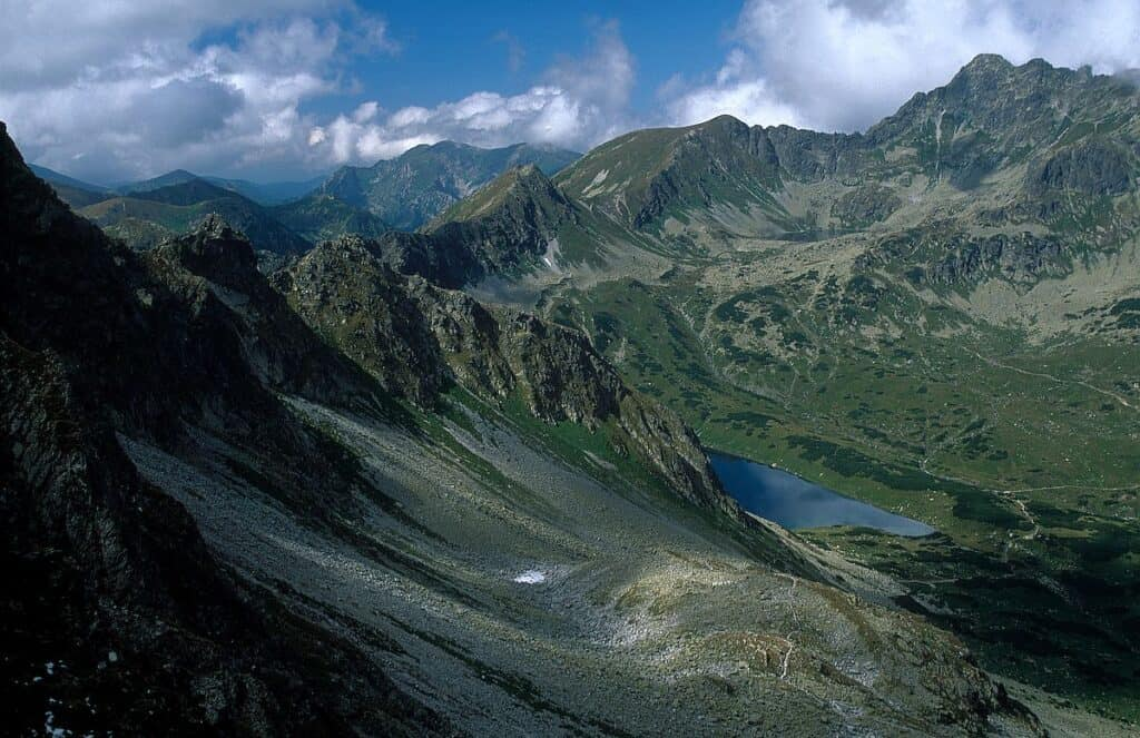 Tatrzański Park Narodowy, Dolina pięciu stawów